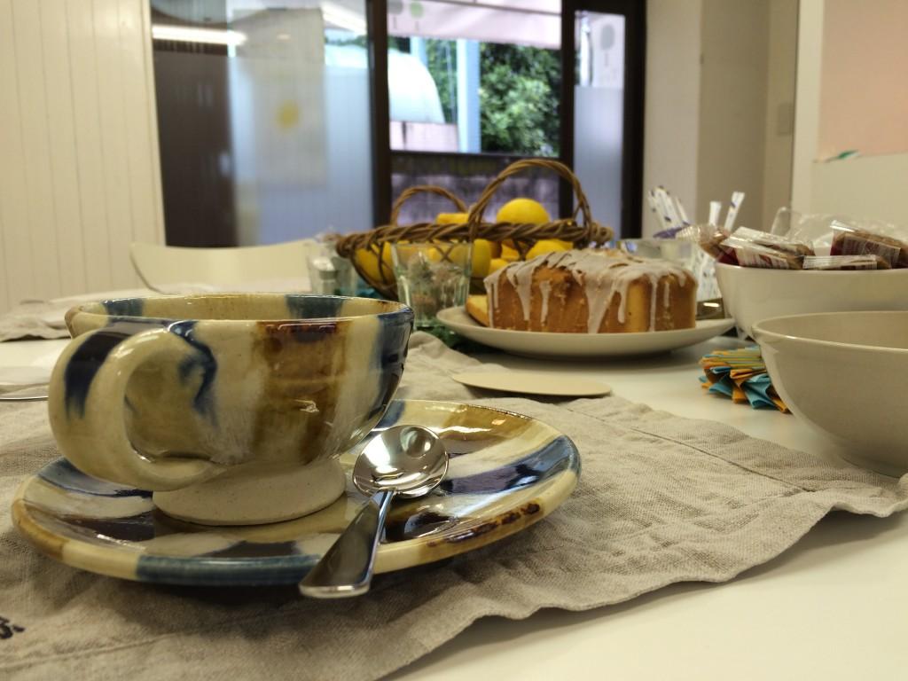 レモン・カフェ テーブル写真